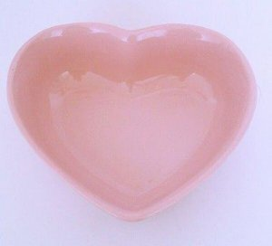 Travessa de Coração Rosa 500ml