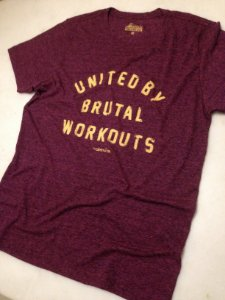 Camiseta Wodstock Brutal - - Wine
