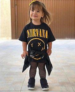 Blusao Nirvana e meia arrastão