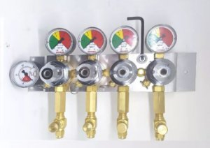 Regulador de Pressão CO2 (Reman - Manifold 4 Saídas) c/ Anti Retorno