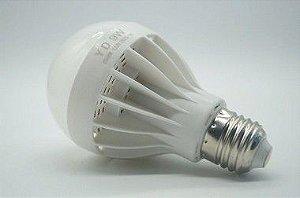 Lampada LED 9W Bulbo Branco Frio E27 - 81341