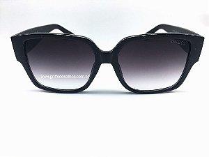 Óculos  de Sol Gucci - Quadrado Preto Feminino