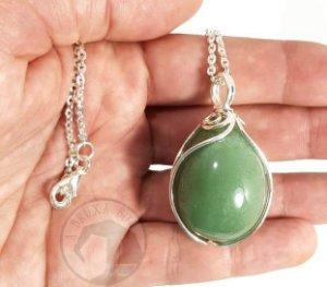 Amuleto - Ovo de Quartzo Verde