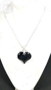Amuleto - Coração de Obsidiana