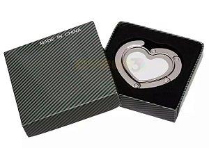 Suporte Para Bolsa em Metal de Coração com Plaquinha Branca Resinada para Sublimação em prensa plana