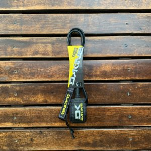 LEASH DAKINE KAINUI 6'1/4''- PRETO