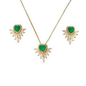 Colar de coração com zircônia jade e cristal.