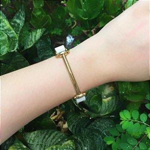 pulseira de Couro detalhe banhado no Ouro