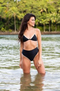 Top Fixo Boracay - Hot Pants Nias - Preto, Off e Dourado