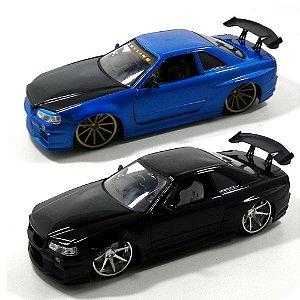 2002 Nissan Skyline Gt-R (Bnr34) 1/24 Jada Toys 96812 - 2 Cores