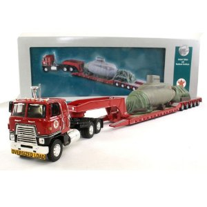 CAMINHÃO INTERNATIONAL TRANSTAR WITH KING TRAILER AND SUBMARINE TEXAS PIPELINE 1/50 CORGI CORUS51402