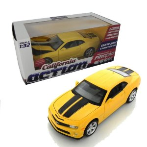 CHEVROLET CAMARO SS COM FRICÇÃO 1/32 CALIFORNIA ACTION 68323