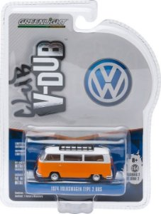 1974 VOLKSWAGEN KOMBI TYPE 2 BUS CLUB V-DUB 1/64 GREENLIGHT 29820