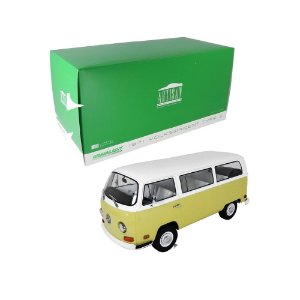 1971 Volkswagen Kombi Type 2 1/18 Greenlight Artisan 19012