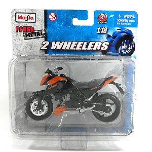 MOTO KTM 640 DUKE 1/18 MAISTO 2 WHEELERS MAI10301