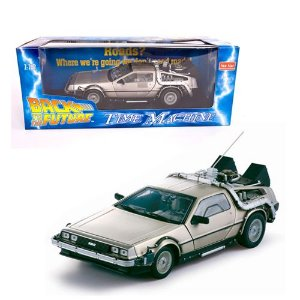 DELOREAN TIME MACHINE BACK TO THE FUTURE (DE VOLTA PARA O FUTURO) 1/18 SUN STAR 2711 SUN2711
