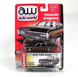 1969 CHEVROLET KINGSWOOD ESTATE 1/64 AUTO WORLD AW64022