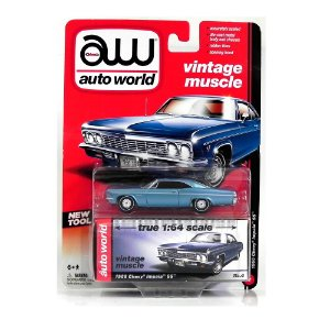 1966 CHEVROLET IMPALA SS 1/64 AUTO WORLD AW64002