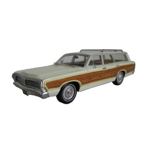 1968 FORD LTD COUNTRY SQUIRE 1/43 BEST OF SHOW 200183 BOS43615