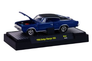 1966 Dodge Charger 383 1/64 M2 Machines 32600 Release 34 Detroit-Muscle M2M32600-34H