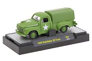 1949 Studebaker 2R Truck 1/64 M2 Machines 32500 Release 38 Auto-Thentics M2M32500-38