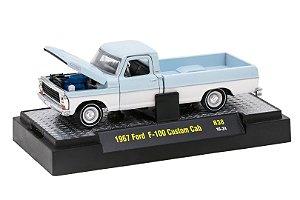 1967 Ford F-100 Custom Cab 1/64 M2 Machines 32500 Release 38 Auto-Thentics M2M32500-38