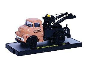 Caminhão 1957 Dodge Coe Tow Truck Guincho 1/64 M2 Machines 32500 Release 36 Auto-Trucks M2M32500-36H