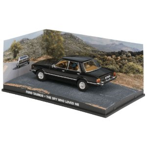 FORD TAUNUS THE SPY WHO LOVED ME 007 O ESPIÃO QUE ME AMAVA 1/43 IXO