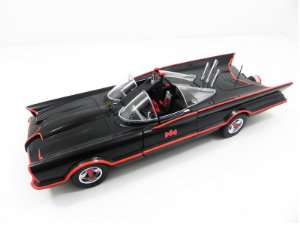 1966 BATMAN TV SERIES BATMOVEL BATMOBILE 1/18 HOT WHEELS W1171