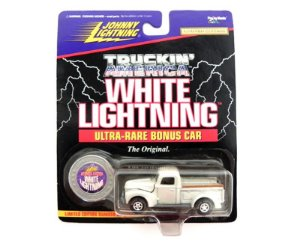 1940 Ford Truckin America Whit Lightning 1/64 Johnny Lightning