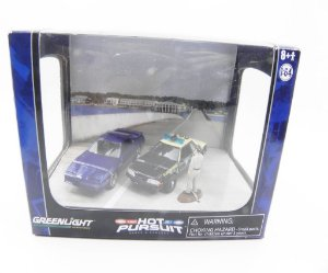 DIORAMA SERIE 3 HOT PURSUIT FORD MUSTANG E PONTIAC TRANS AM 1/64 GREENLIGHT 56030