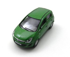 LIME GREEN VAUXHALL CORSA 1/76 OXFORD 76VC001