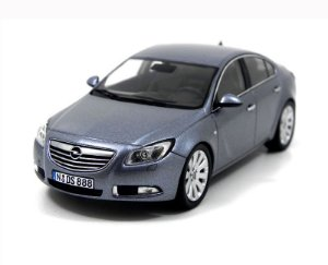 Opel Insignia 1/43 Schuco 07262