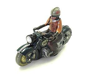 MOTORRAD CHARLY 1005 DARK GREEN 1/87 SCHUCO 450198600