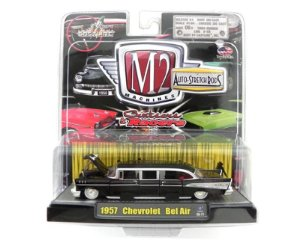 1957 Chevrolet Bel Air 1/64 M2 Machines M262800-21