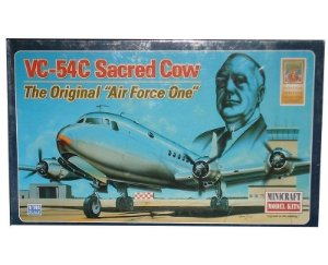 AVIÃO C-54 SACRED COW 1/144 MINICRAFT MFT14497