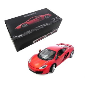 MCLAREN MP4-12C 1/18 MINICHAMPS 110133020