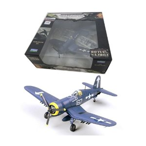 Avião U.S. F4U-1D Corsair Vmf-323 Pacific 1945 1/72 Unimax Forces Of Valor 85428