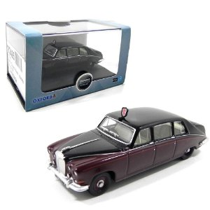 DAIMLER DS420 QUEEN MOTHERS CAR 1/76 OXFORD 76DS004