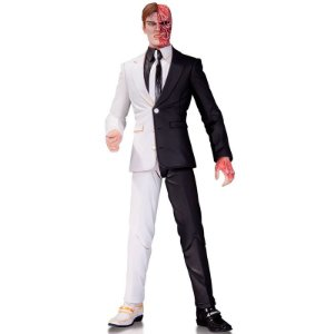 Action Figure Two-Face (By Greg Capullo) - DC Collectibles
