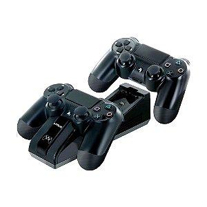 Carregador Duplo Nyko e Baterias Recarregáveis - PS4