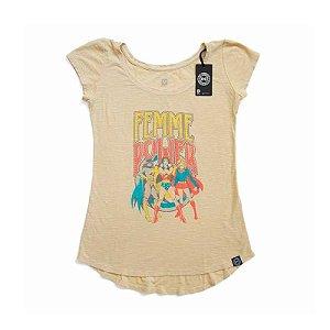 Camiseta Feminina Studio Geek Femme Power DC Comics - Modelo 1