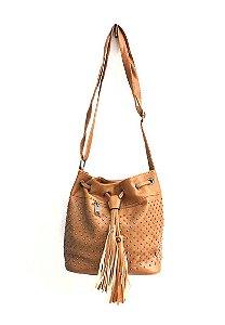 Bolsa Saco com Tachas e bolso externo