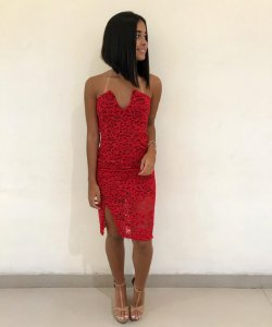 Vestido de renda V - Red