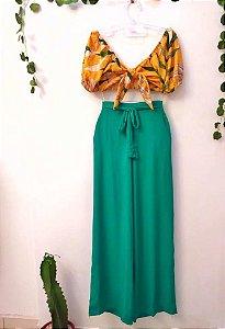 Pantalona verde com bolsos