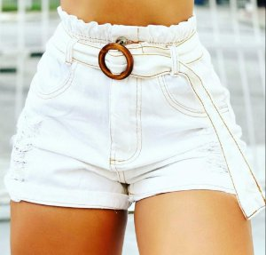 Short Jean com cinto removível