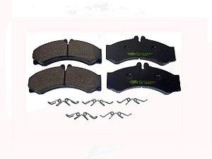 Pastilha de Freio Sprinter Com Furo Para Sensor Dia - Mercedes-SPRINTER 310 D 97/312/313/412/413 - 0024204120
