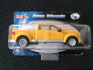 FREE WHEELS FORD 12CM