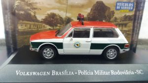 COLECIONÁVEL VOLKSWAGEN BRASILIA - POLICIA MILITAR RODOVIÁRIA- SC VEÍCULOS DE SERVIÇO  25
