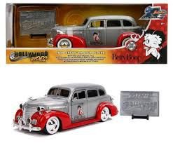 """1939 CHEVY MASTER DELUXE JADA 20 ANOS """"BETY BOOP"""" 1/24"""